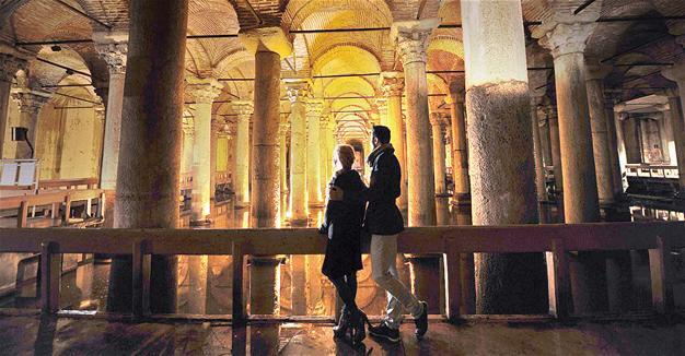 Istanbul's Basilica Cistern on silver screen with 'Inferno'