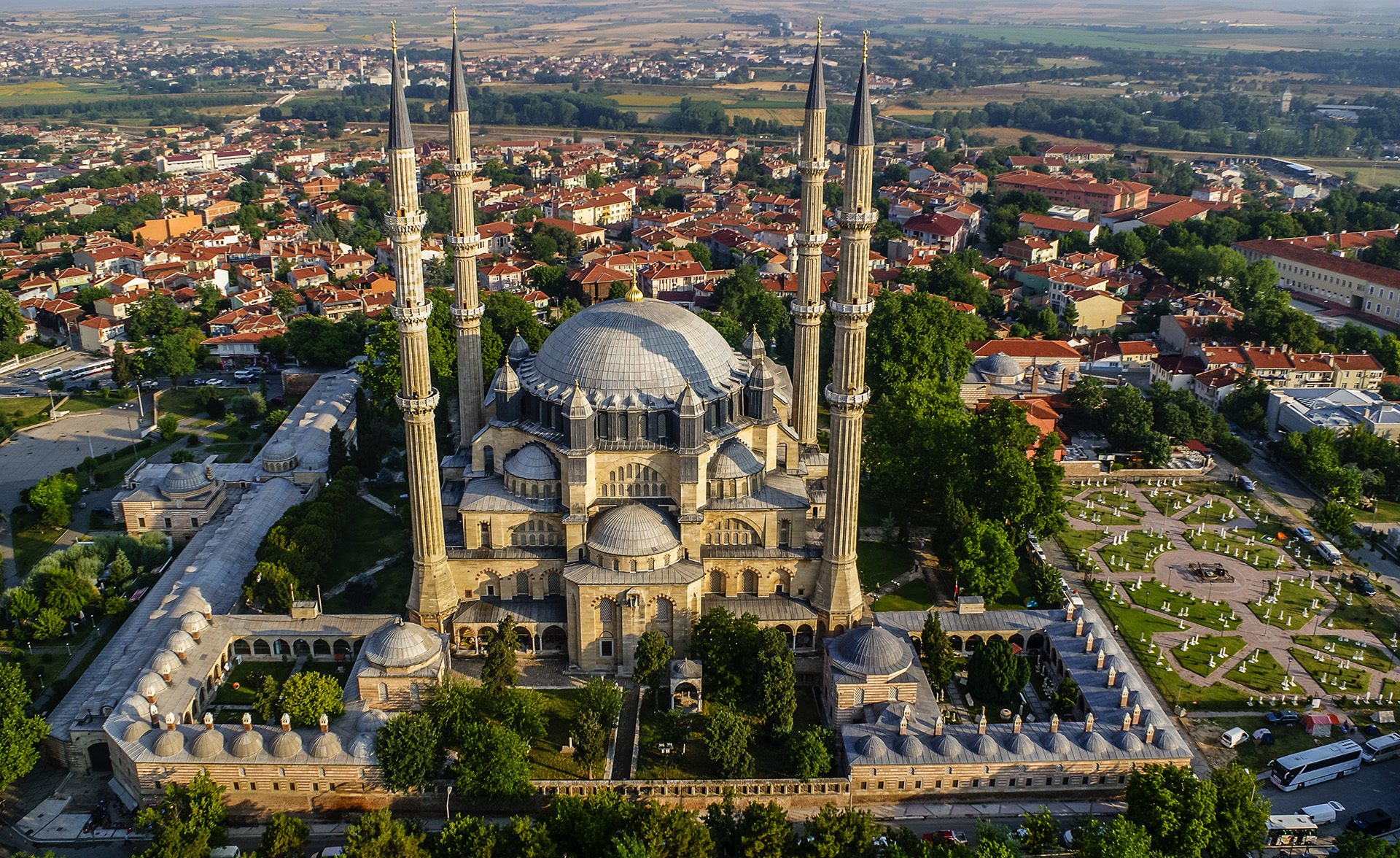 The Symbol of the Ottoman Empire: Selimiye Mosque